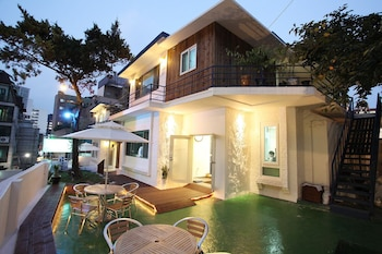 G-STAR Guesthouse