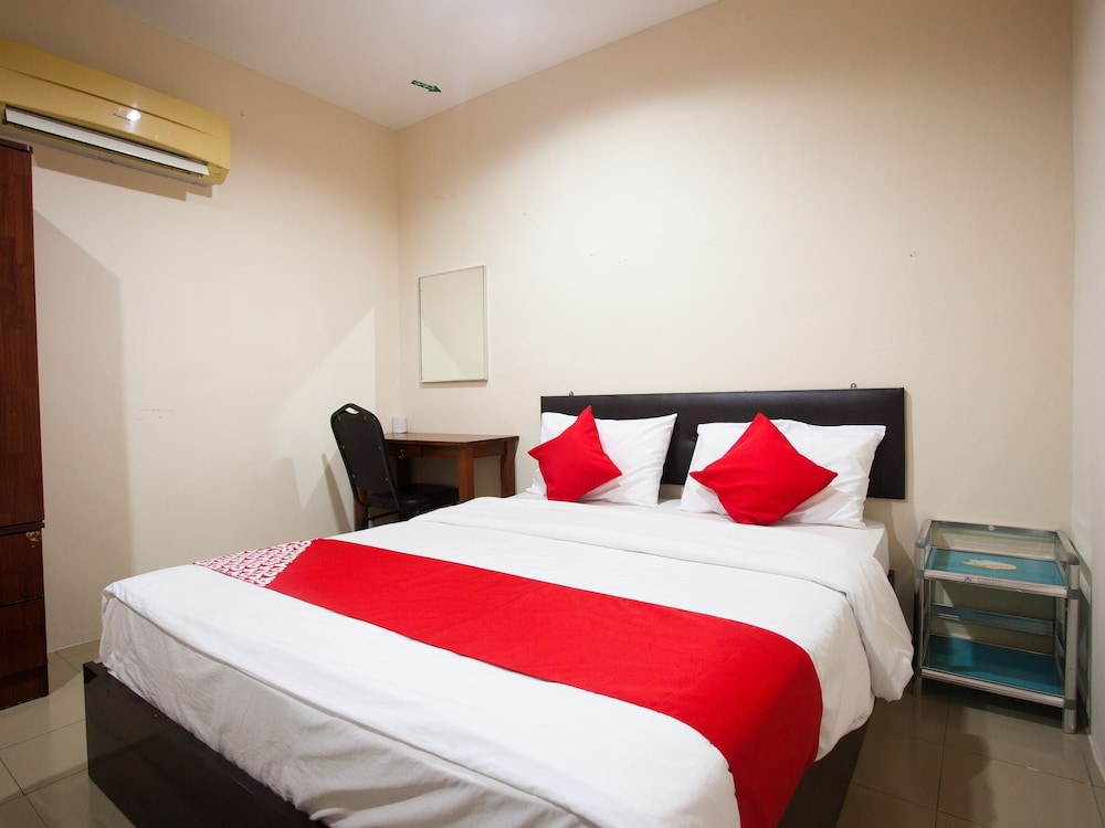 Featured Image, OYO 1038 Melintang Hotel
