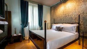 Memory foam beds, in-room safe, individually furnished, desk