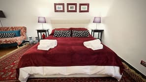 Cribs/infant beds, free WiFi, linens