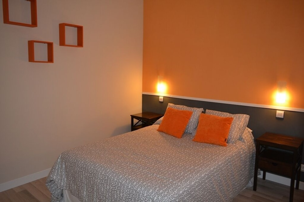 Room, Apartment in the Historic Center of Nájera