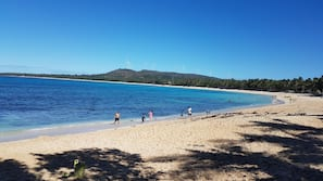 Private beach, white sand, sun loungers, beach massages