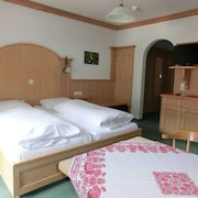 Double Room Incl. Breakfast - Guesthouse Hollerer - Hollerer Betriebs Gmbh