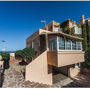 Front Line Beach Villa Near El Saler Golf Course + Wifi. Valencia