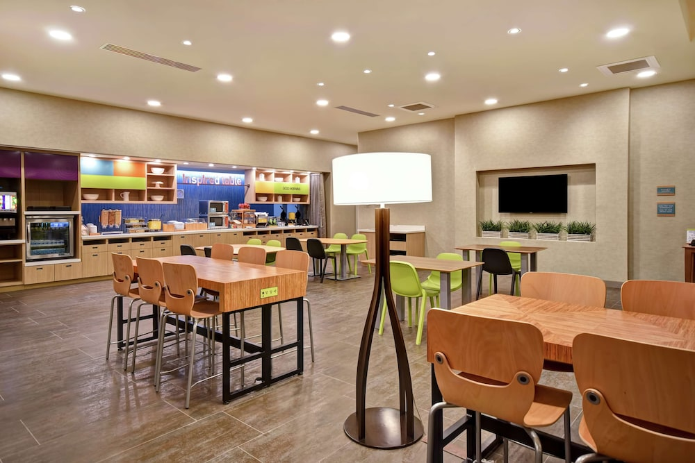 Breakfast Area, Home2 Suites by Hilton Jekyll Island