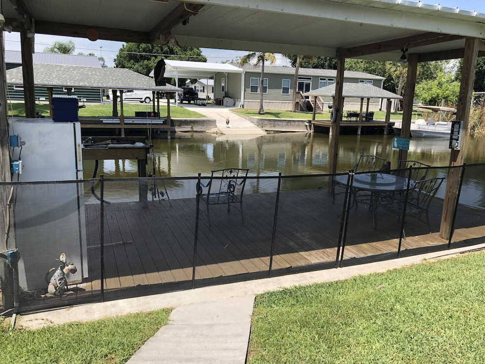 Pool, Waterfront, Inground Pool, Covered Boat Dock, Fenced 3/2 Home