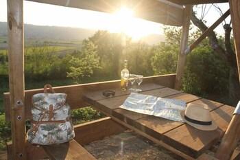 Camping Domaine de Senaud - Les Insolites - Reviews, Photos
