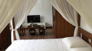 1 間臥室、保險箱、熨斗/熨衫板、床單