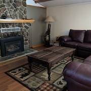 Quiet, Comfortable Location! W/double Garage
