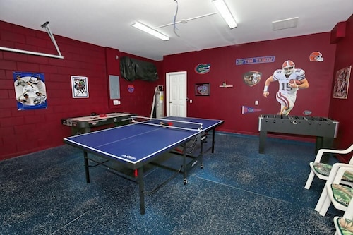 103bll Fantastic 4 bed With Games Room