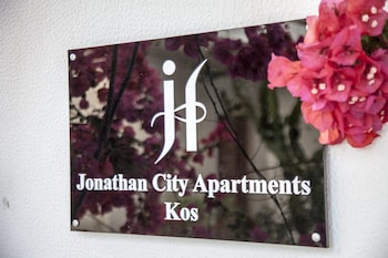 Jonathan City Apartments
