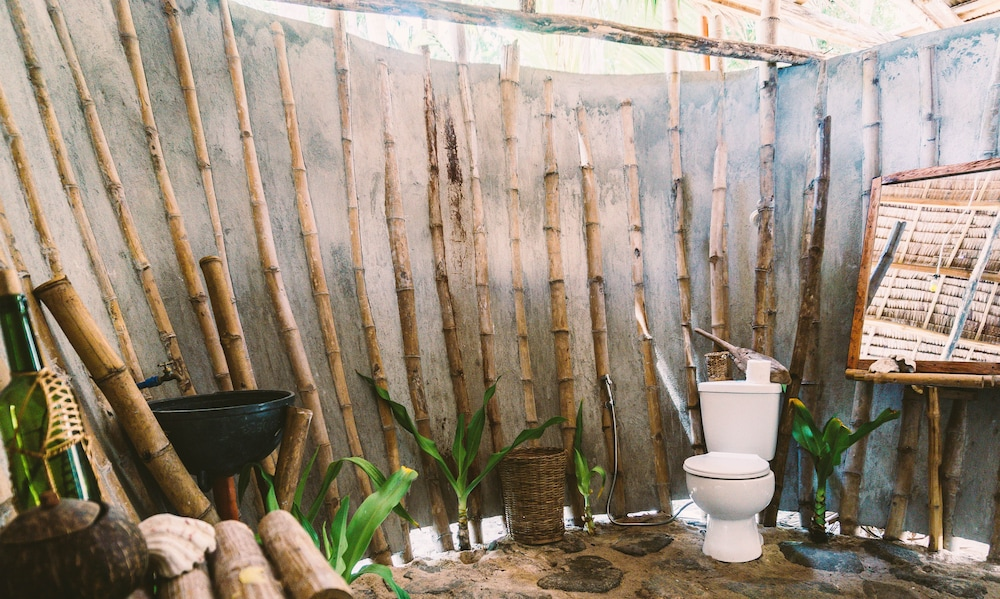 Bathroom Shower, Dryft Darocotan Island - Campsite, Adults Only