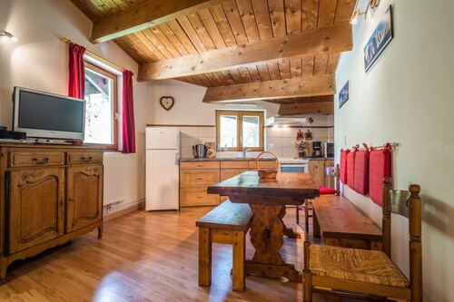 Apartment With 2 Bedrooms in Chamonix-mont-blanc, With Wonderful Mountain View and Wifi