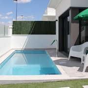 Private Pool, Wifi 3km From the sea
