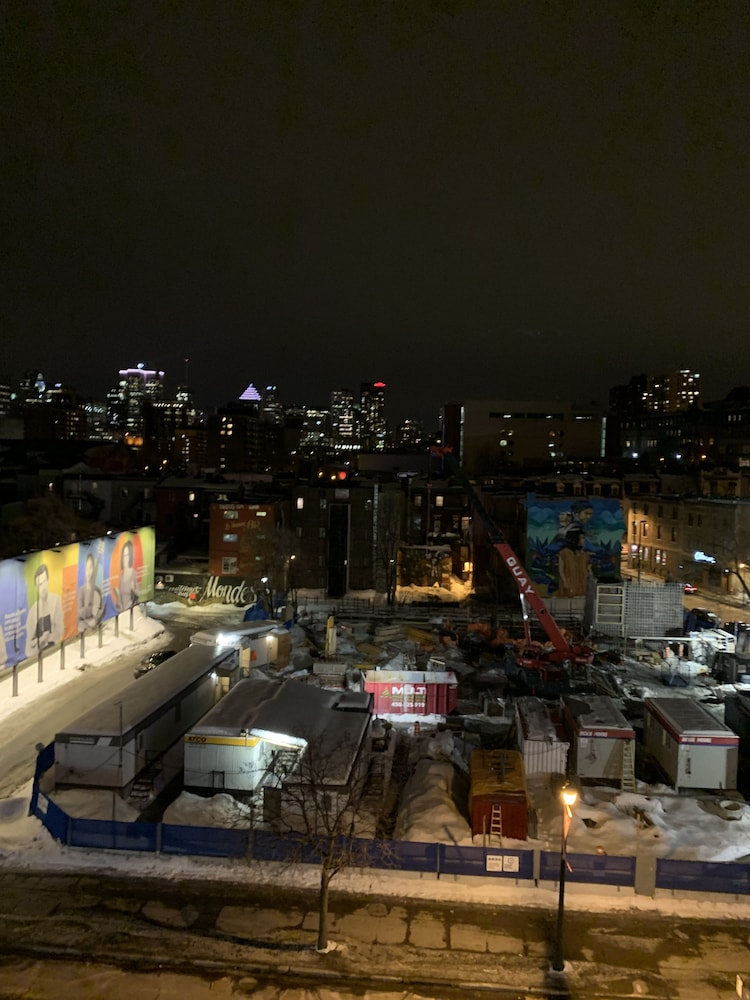 View from Room, Cozy Studio's Downtown Montreal