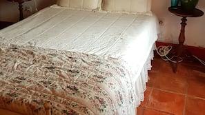 5 dormitorios, tabla de planchar con plancha, wifi y ropa de cama