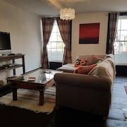Central Holiday let for up to 6 Guests in the Beautiful Welsh Countryside