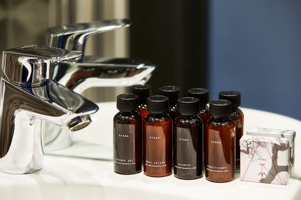 Bathroom Amenities, The Collective Canary Wharf
