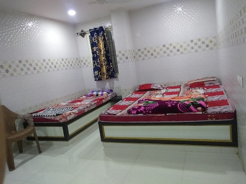 Sree Guru Sannidhi A Budget Luxury Lodge