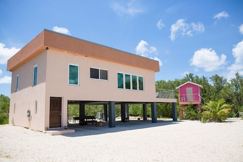 Frenchies Haven 3 Bedroom Eco Friendly House Located in Frank Sound