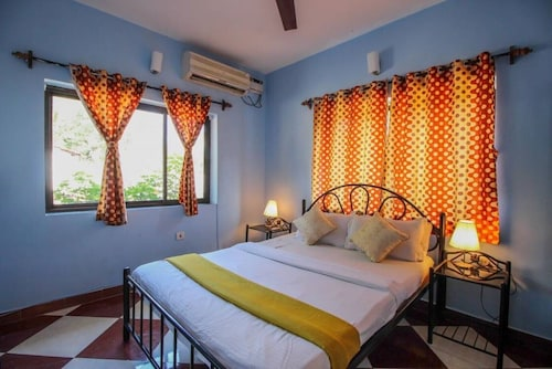 6 BHK Villa With 2 Pool Close to Beaches & Clubs