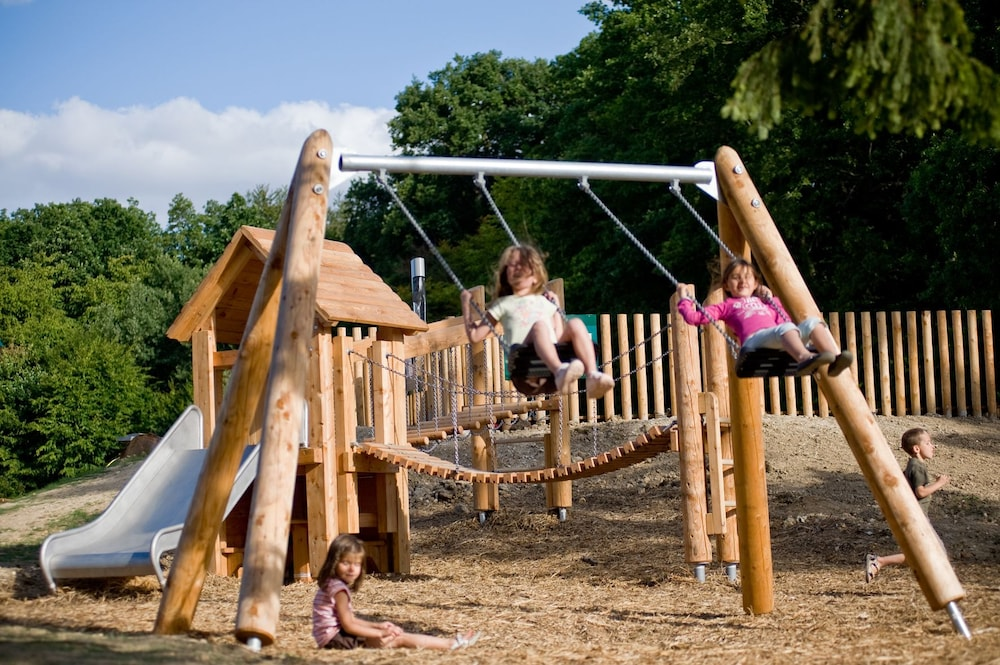 Children's Play Area - Outdoor, Huttopia Southern Maine
