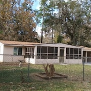 Southside Jax Home. Fully Remodeled. Backyard has Wood Fence for Your dog