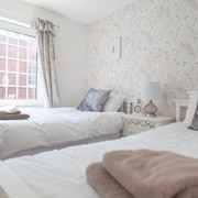 Celias Apartment is Cosy and Modern and Situated in the Market Town of Leek