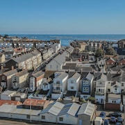 Sunnymead Penthouse, Exmouth - an Apartment That Sleeps 4 Guests in 2 Bedrooms