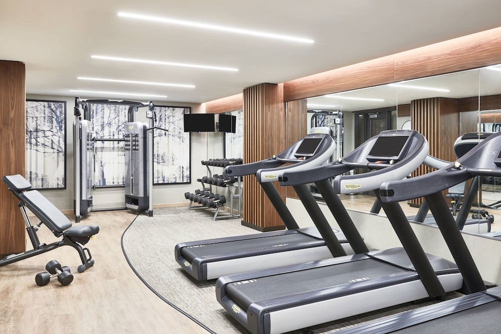 Fitness Facility, AC Hotel by Marriott Houston Downtown