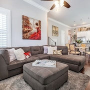 Elegant, Modern Mid City Home Near Street Car & Parade Route!