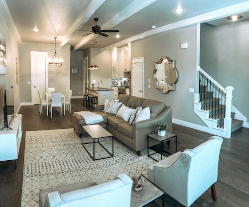 Elegant New Townhome in Downtown Bentonville