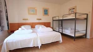 1 soveværelse, med varierende møblement, gratis Wi-Fi, sengetøj