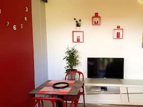 Studio in Saint Denis, With Enclosed Garden and Wifi - 34 km From the Beach