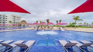 4 outdoor pools, open 7:00 AM to 8:00 PM, pool umbrellas, sun loungers
