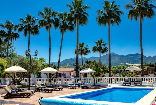 The Palms Boutique Resort Malaga - Adults Only
