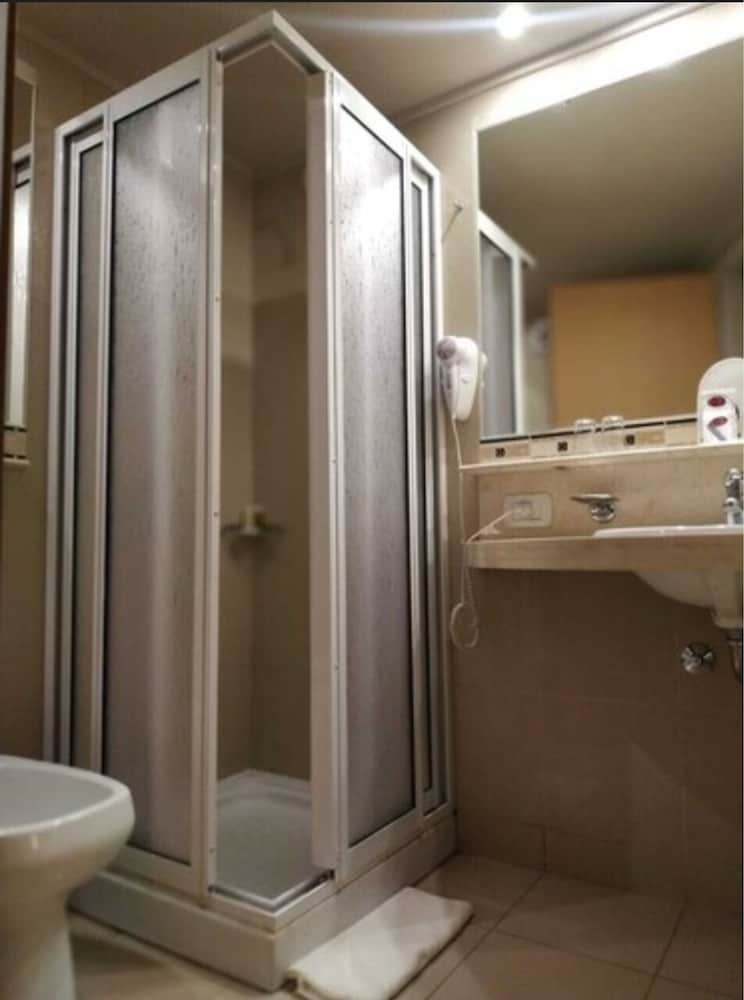 Bathroom, Maran Suites & Towers - Hotel & Spa