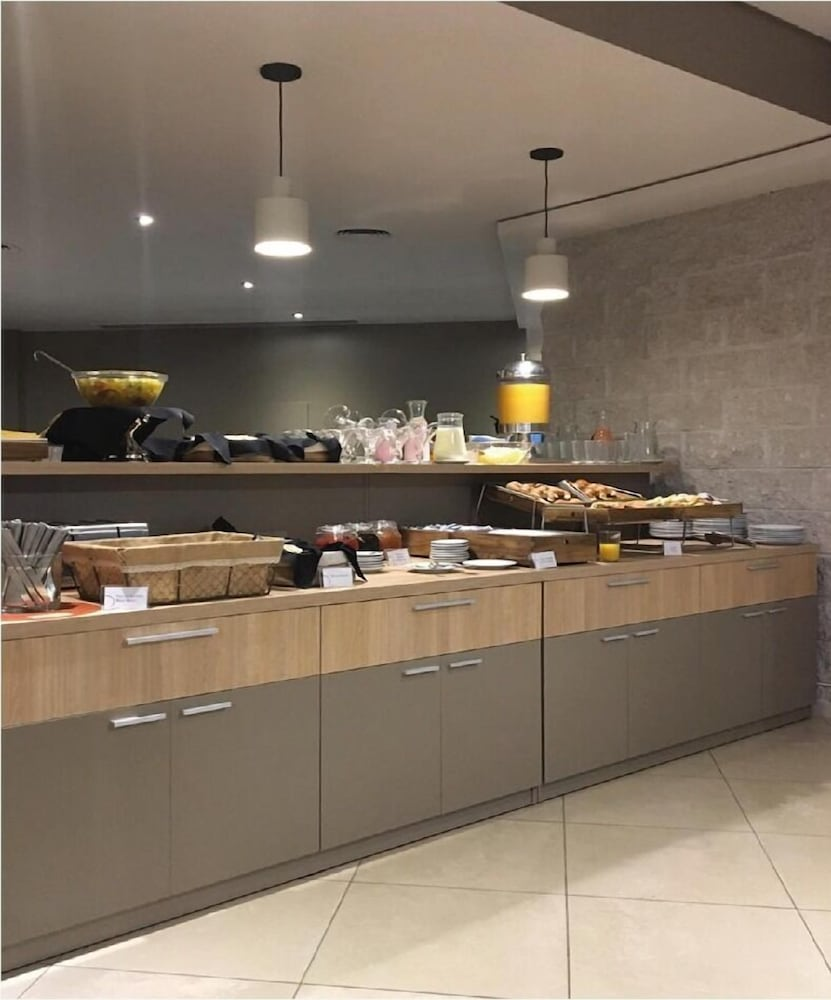 Breakfast buffet, Maran Suites & Towers - Hotel & Spa