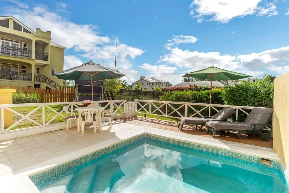 Pool, Gated, Quiet Location, Spacious Open-plan GF, Garden, Pool, Fast Wifi, en Suites