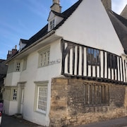 Medieval Character Cottage in the Centre of Stamford. Stunning Period Features