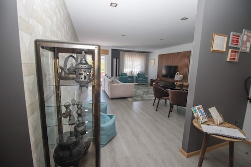 Douro Real Apartments - 3 Bedroom Luxury Apartment in the Center of Town