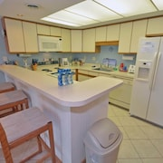 Captains Quarters Seaside 302 - 3 Br Condo
