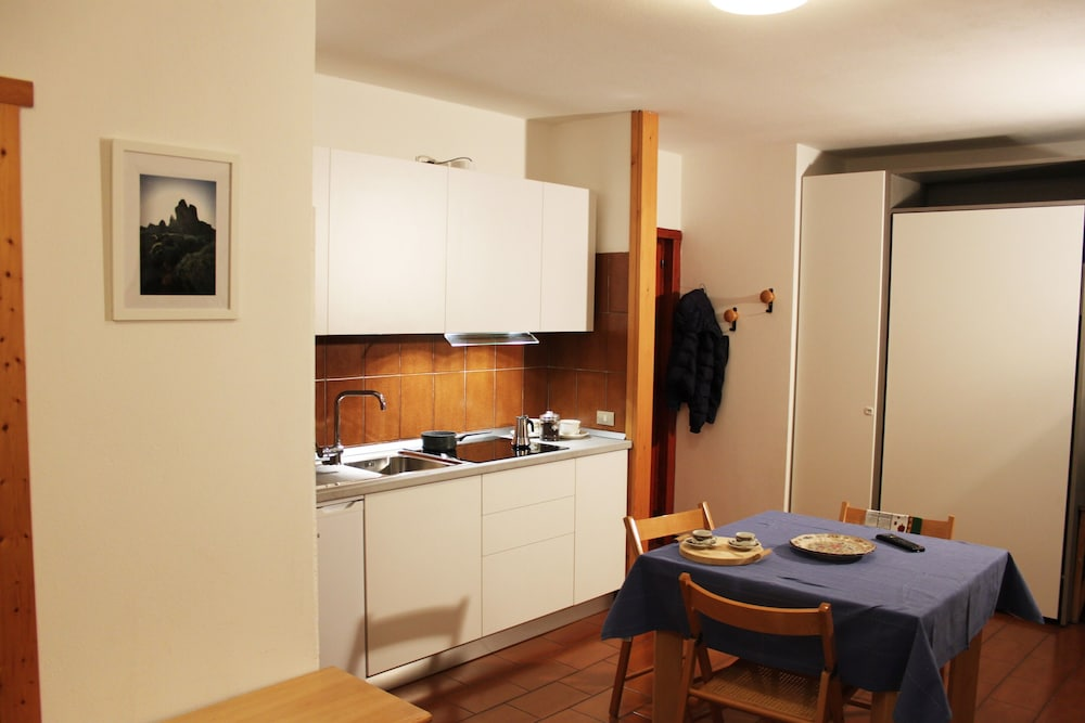 Private Kitchen, Nice studio just steps from the city center