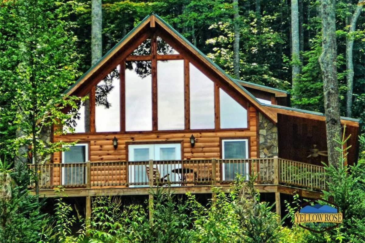 Spacious A Frame With Wrap Around Deck And Hot Tub Overlooking The Beautiful 2020 Room Prices 135 Deals Reviews Expedia