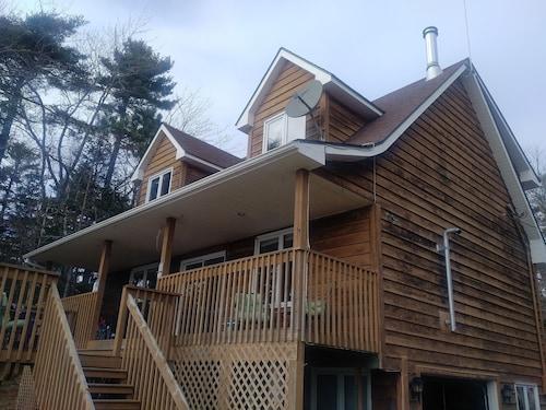 Fabulous Best Halifax Cottages For 2019 Find Cheap C 116 Cottage Interior Design Ideas Apansoteloinfo