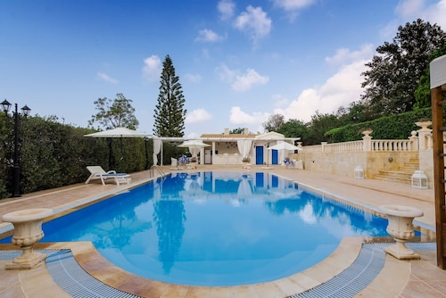 Villa Aphrodite-private Pool-wifi-a/c