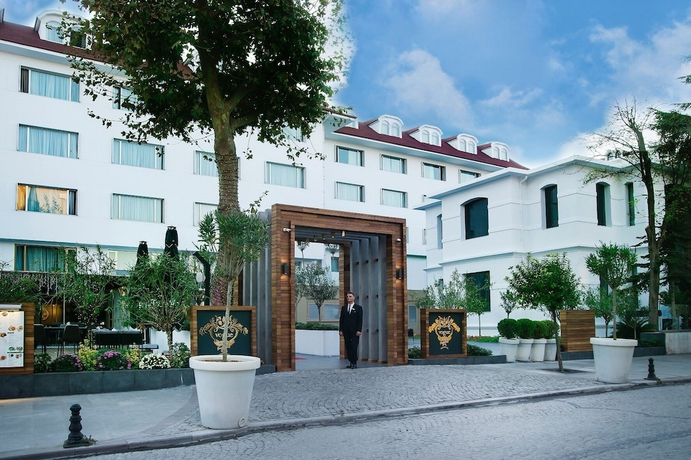 Featured Image, Vogue Hotel Supreme Istanbul