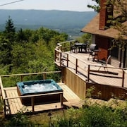Incredible Views of the Valley W/shenandoah Nat Park at Your Back Door!