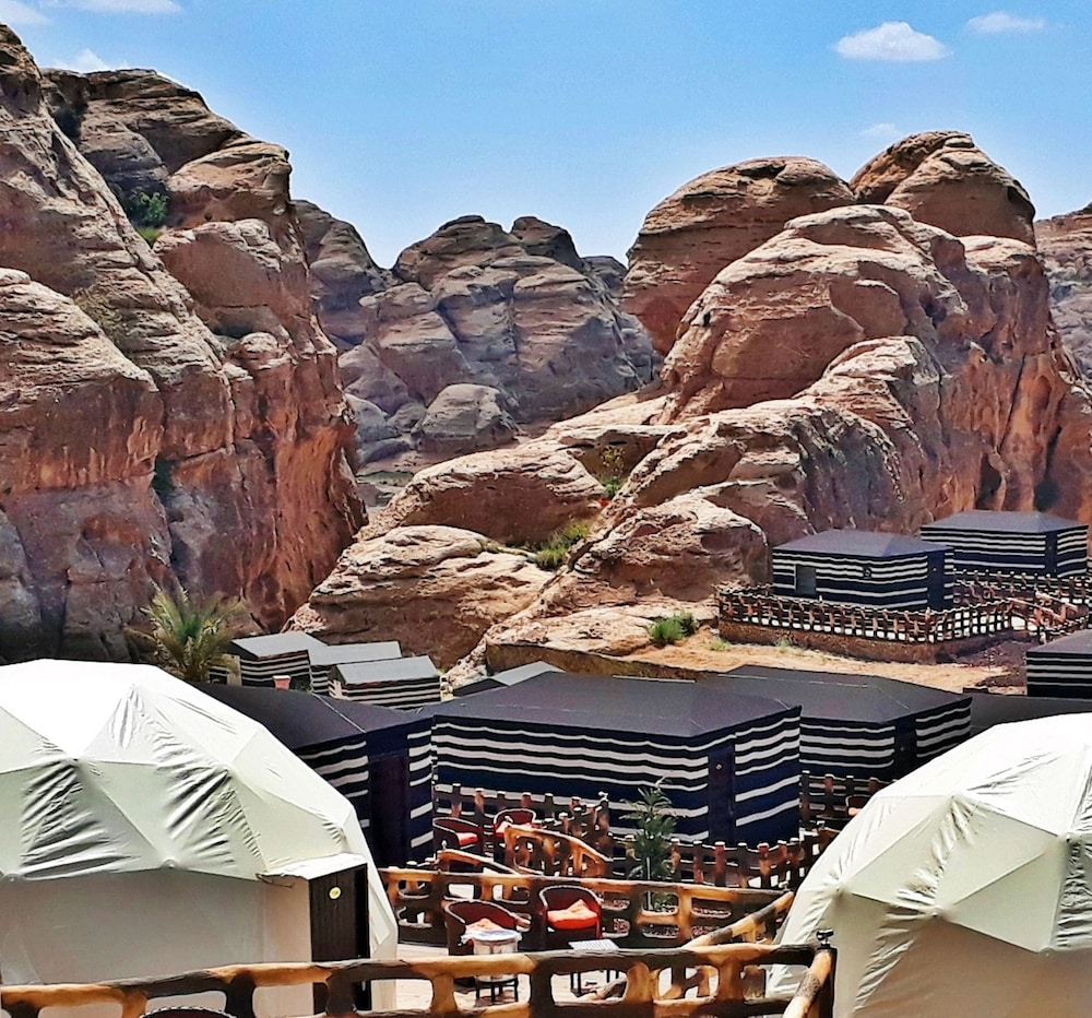 Featured Image, Seven Wonders Luxury Camp