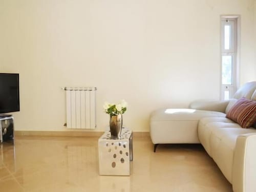 Room, Valadares Villa, Sleeps 10 With Pool